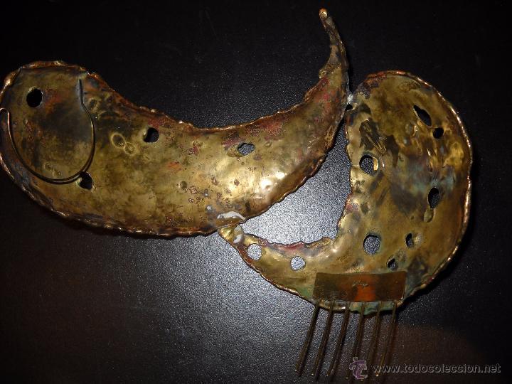 Antigüedades: Preciosa peineta o tocado de bronce. - Foto 4 - 50075971