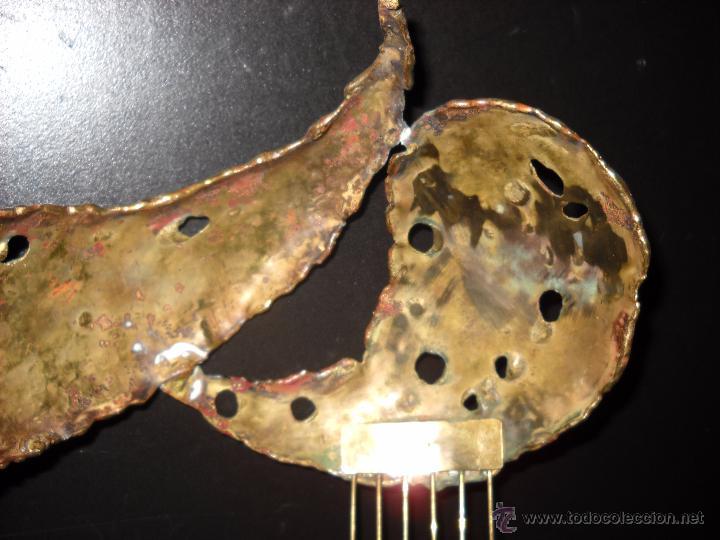Antigüedades: Preciosa peineta o tocado de bronce. - Foto 5 - 50075971