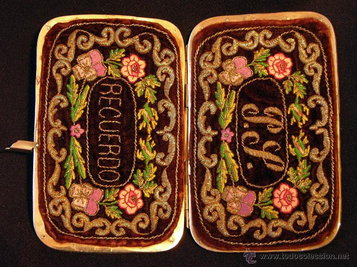 ANTIGUO TARJETERO PARA CARNET DE BAILE EN TERCIOPELO CON BORDADO FILIPINO, SIGLO XIX. (Antigüedades - Moda y Complementos - Mujer)