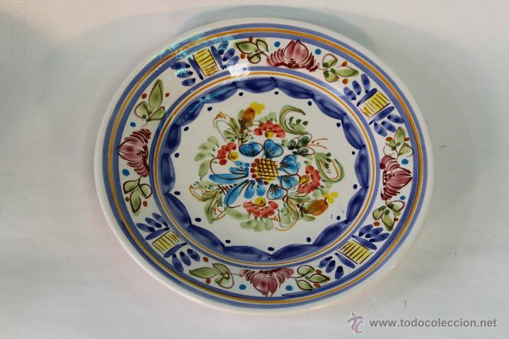Plato en ceramica para colgar de playa comprar platos for Platos de ceramica