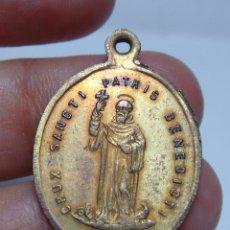 Antigüedades: MEDALLA RELIGIOSA ANTIGUA. SANTO PADRE BENITO.. Lote 50091937