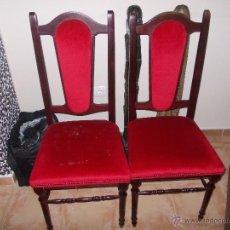 Antigüedades: SILLAS DE MADERA TAPIZADAS ROJAS-2. Lote 50094482