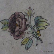 Antigüedades: AZULEJO FLOR DE ALCORA-SIGLO XVIII,ORIGINAL. Lote 50125830