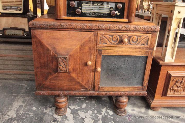 Mueble auxiliar en madera tallada una de las p comprar - Muebles antiguos de madera ...