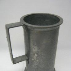 Antigüedades: S.XIX - ANTIGUA MEDIDA DE ESTAÑO 18 CM CON PUNZON. Lote 50155157