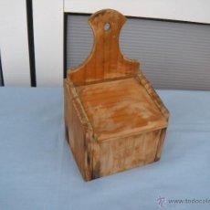 Antigüedades: COCINA. SALERO DE MADERA. Lote 50172276