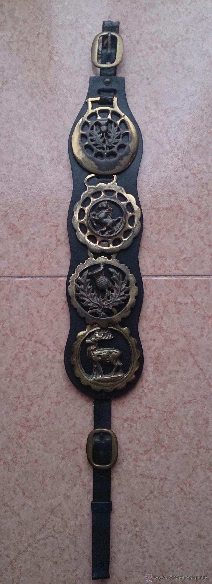 Antigüedades: Juego antiguo de cuatro camas de freno jaez en bronce cincelado diferentes motivos . - Foto 8 - 50174798