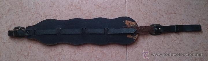 Antigüedades: Juego antiguo de cuatro camas de freno jaez en bronce cincelado diferentes motivos . - Foto 12 - 50174798