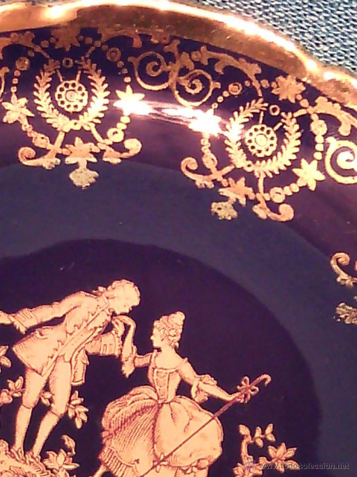 Antigüedades: PLATO DECORATIVO DE LIMOGES. PORCELANA BLEU DU ROI Y ORO FINO. - Foto 2 - 50185887