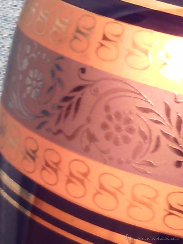 Antigüedades: PLATO DECORATIVO DE LIMOGES. PORCELANA BLEU DU ROI Y ORO FINO. - Foto 4 - 50185887
