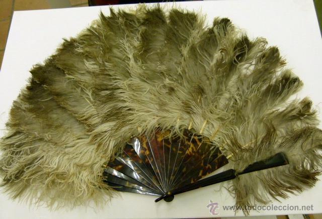 VIEJO ABANICO DE PLUMAS DE MARABU (Antigüedades - Moda - Abanicos Antiguos)