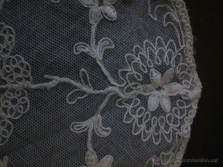 Antigüedades: * ANTIGUO TAPETE DE TUL BORDADO. (RF:159/*) - Foto 3 - 78287473