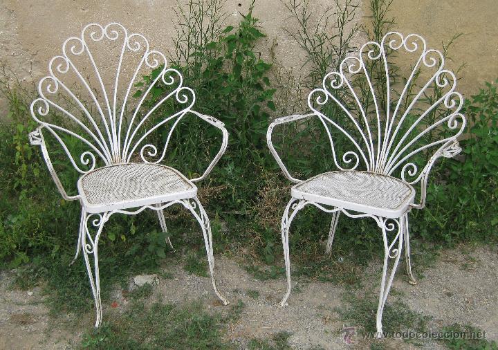 Pareja de antiguas sillas francesas en hierro f comprar for Sillas de jardin de hierro