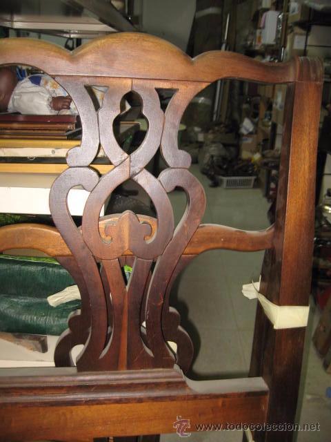 Antigüedades: Cabecero y piecero de madera con adornos troquelados 105 cm. altura Cabecero 101 piecero 79 cm. - Foto 3 - 147431241
