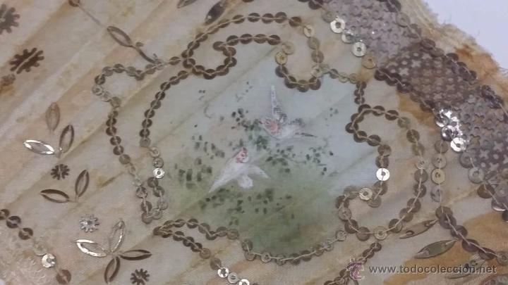 Antigüedades: ANTIGUO ABANICO VARILLAJE TALLADO EN HUESO PAIS EN SEDA DECORADO A MANO ESCENA GALANTE- S.XIX - Foto 8 - 50251323