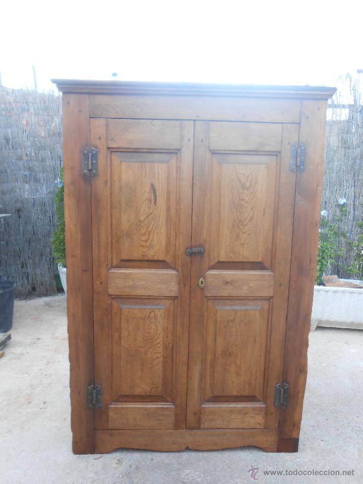 Antiguo armario esquinero de pino restaurado comprar - Armario antiguo segunda mano ...
