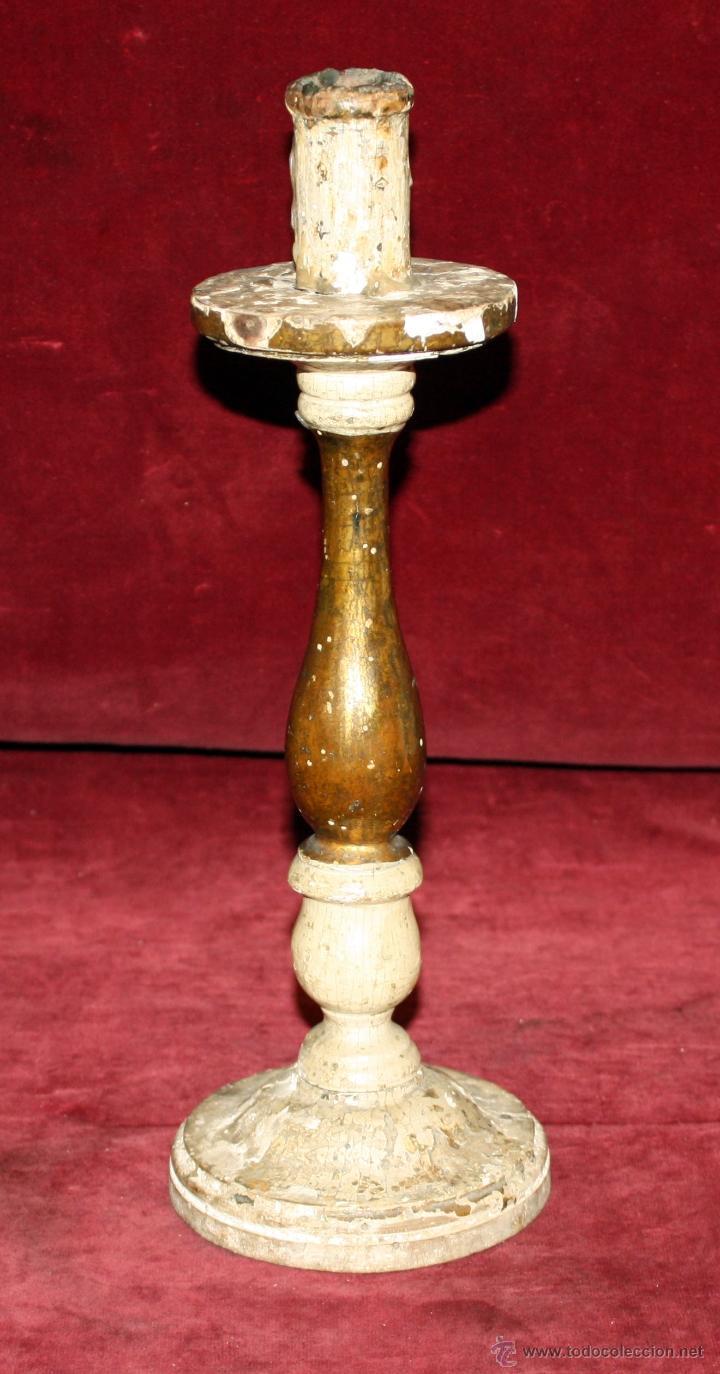 CANDELERO BARROCO EN MADERA POLICROMADA DE APROXIMADAMENTE 1760-1780 (Antigüedades - Iluminación - Candelabros Antiguos)