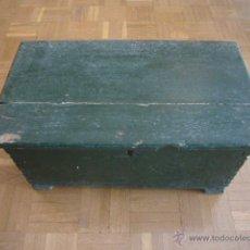 Antigüedades: ANTIGUA ARQUETA DE MADERA DEL SIGLO XIX (50X30X28 CM). Lote 50329860