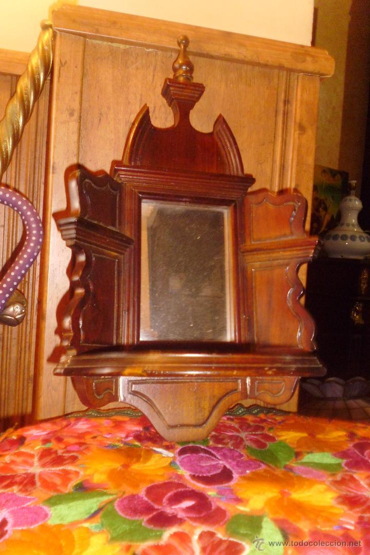 PRECIOSA MÉNSULA O REPISA EN MADERA TALLADA CON ESPEJO (Antigüedades - Muebles Antiguos - Ménsulas Antiguas)