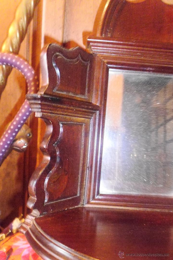 Antigüedades: PRECIOSA MÉNSULA O REPISA EN MADERA TALLADA CON ESPEJO - Foto 3 - 50343643