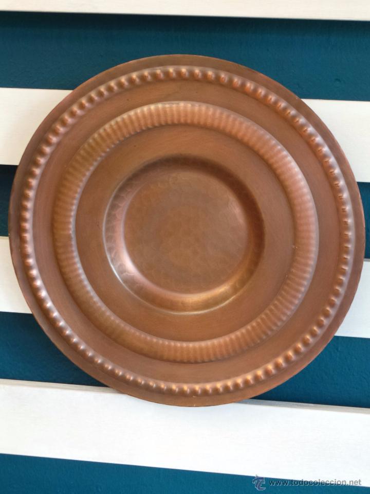 Antigüedades: PLATO DE COBRE CINCELADO PARA COLGAR MUY DECORATIVO - Foto 13 - 50343954