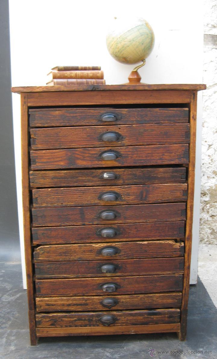 Fantastico mueble antiguo madera cajonera de im comprar - Segunda mano muebles antiguos ...