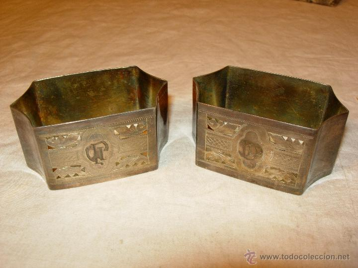 Antigüedades: Servilleteros con caja antiguos, plata de ley o parece totalmente cinceladas con iniciales - Foto 4 - 50412827