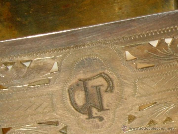 Antigüedades: Servilleteros con caja antiguos, plata de ley o parece totalmente cinceladas con iniciales - Foto 5 - 50412827