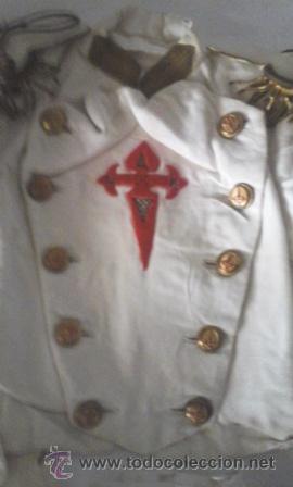 Antigüedades: Antiguo traje de comunión en algodón. Cruz de Santiago bordada - Foto 2 - 50434848