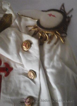 Antigüedades: Antiguo traje de comunión en algodón. Cruz de Santiago bordada - Foto 3 - 50434848