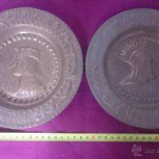 Antigüedades: DOS PLATOS DE LATON REPUJADO. Lote 50456197