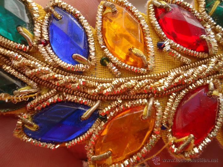 Antigüedades: gran lote espectaculares antiguas aplicaciones apliques para tajes fiesta fantasia bordados .... - Foto 3 - 50477121