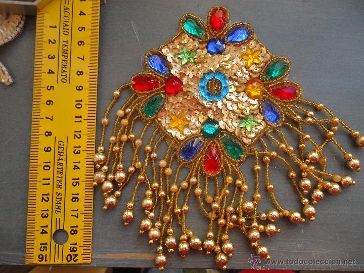 Antigüedades: gran lote espectaculares antiguas aplicaciones apliques para tajes fiesta fantasia bordados .... - Foto 5 - 50477121