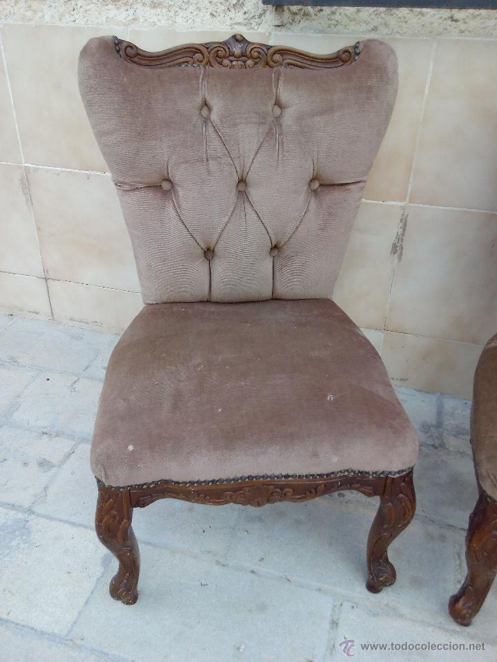 Antigüedades: Preciosas sillas isabelinas de madera maciza tallada y tapizado aterciopelado. finales del siglo XIX - Foto 4 - 50480724