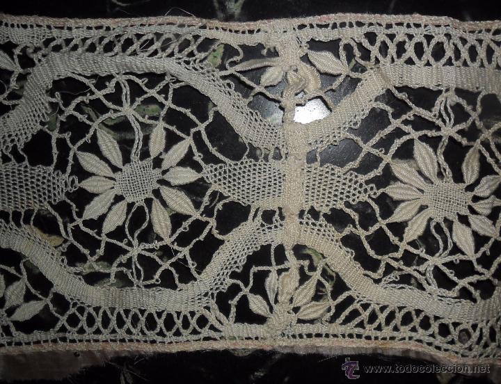 Antigüedades: Antigua puntilla de bolillos - Foto 10 - 96865711