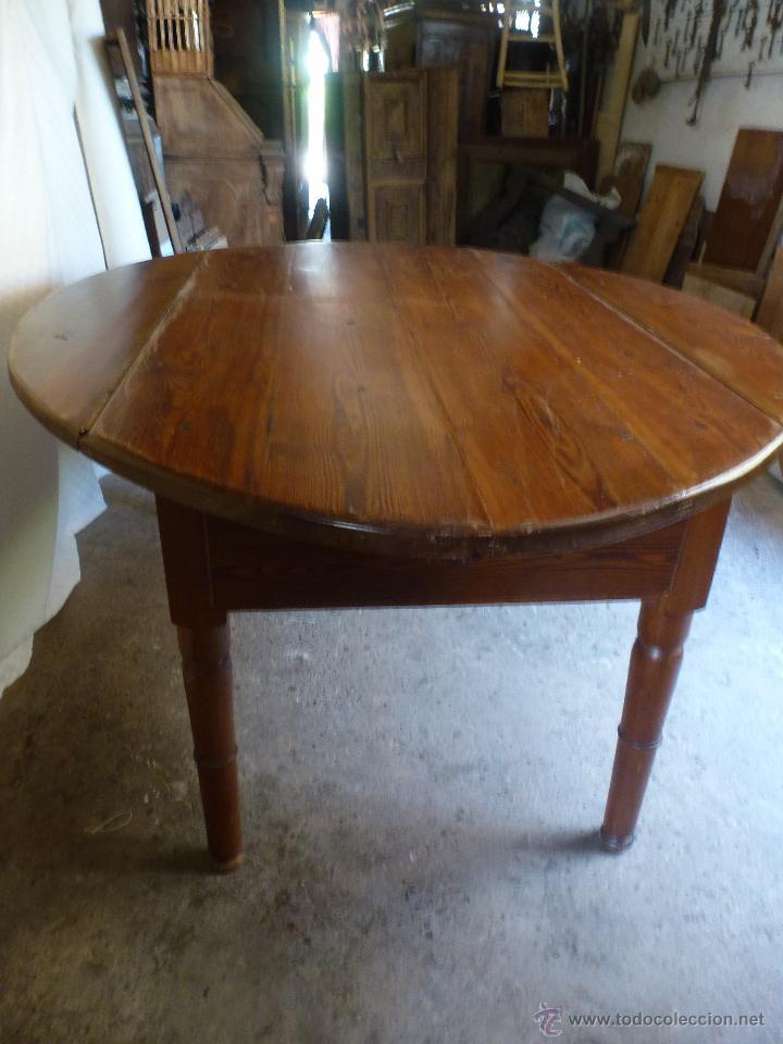 Antigüedades: Antigua y grande mesa plegable ovalada, madera pino melis. - Foto 5 - 50481914
