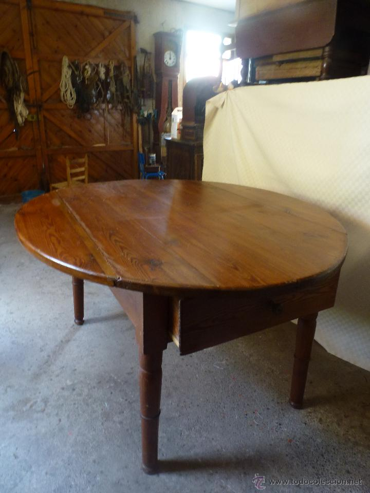 Antigüedades: Antigua y grande mesa plegable ovalada, madera pino melis. - Foto 10 - 50481914
