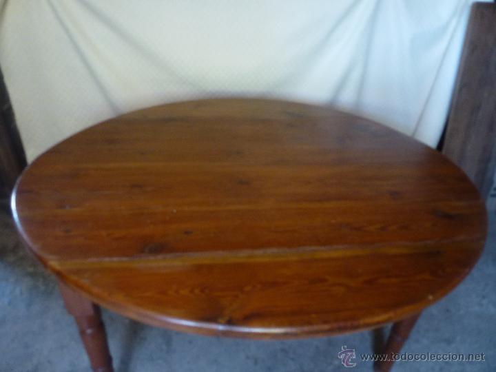 Antigüedades: Antigua y grande mesa plegable ovalada, madera pino melis. - Foto 12 - 50481914