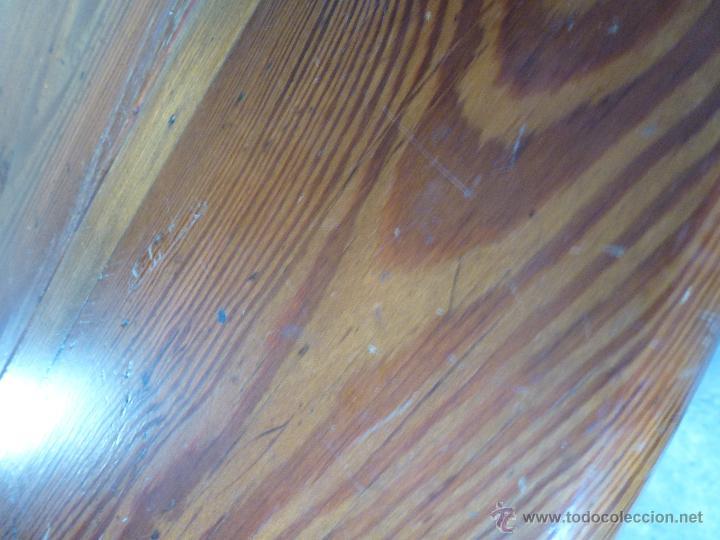 Antigüedades: Antigua y grande mesa plegable ovalada, madera pino melis. - Foto 14 - 50481914