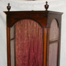 Antiquitäten - Preciosa Capilla Vitrina para Imagen Religiosa. S.XIX. Caoba y Marquetería con Limoncillo. - 50492582