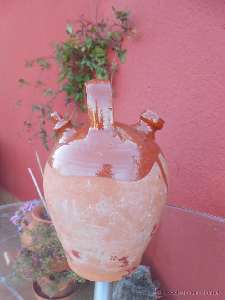 ANTIGUO BOTIJO DE BARRO ESMALTADO (Antigüedades - Porcelanas y Cerámicas - Otras)
