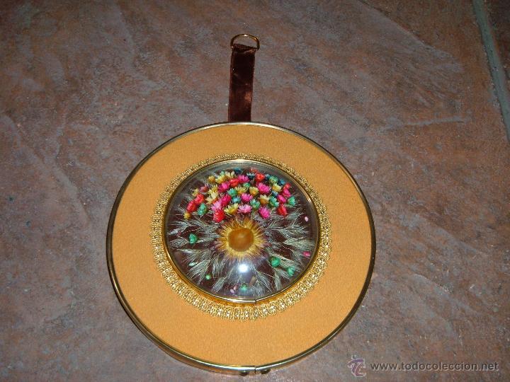 CUADRO DE FLORES SECAS (Antigüedades - Hogar y Decoración - Marcos Antiguos)