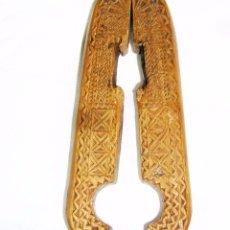 Antigüedades: CASCAPIÑONES ARTE PASTORIL, PPS. DEL S. XX, ETNOGRAFIA POPULAR CASTELLANA. Lote 50518102