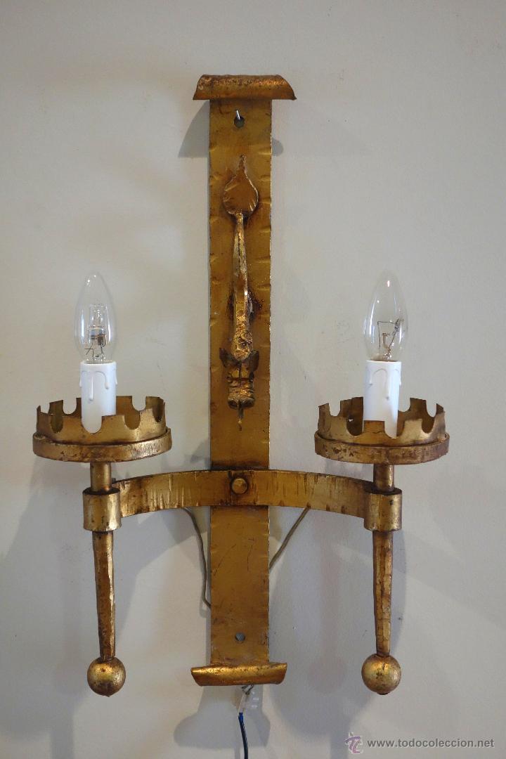 Pareja de apliques de hierro forjado dorado pan comprar apliques antiguos en todocoleccion - Apliques de pared rusticos ...