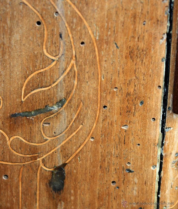 Antigüedades: CANTERANO CATALÁN EN MADERA DE NOGAL Y DECORACIONES EN MARQUETERÍA DE BOJ DEL SIGLO XVIII - Foto 15 - 50543379