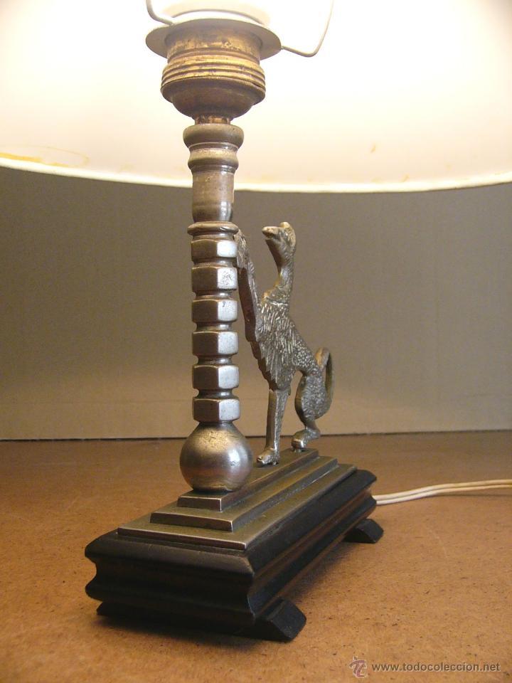 Antigüedades: Lampara Art Deco de sobremesa mesita de noche o escritorio con figura de dragon - Foto 9 - 50546187