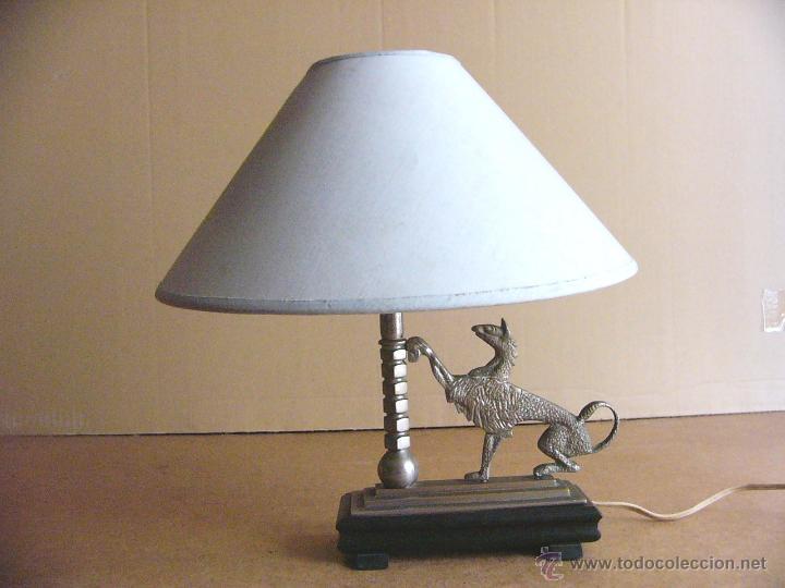 Antigüedades: Lampara Art Deco de sobremesa mesita de noche o escritorio con figura de dragon - Foto 12 - 50546187