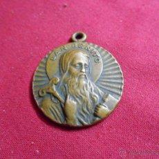 Antigüedades: MEDALLA RELIGIOSA DE SAN BENITO Y STO DOMINGO DE SILOS EN BRONCE. Lote 50568933