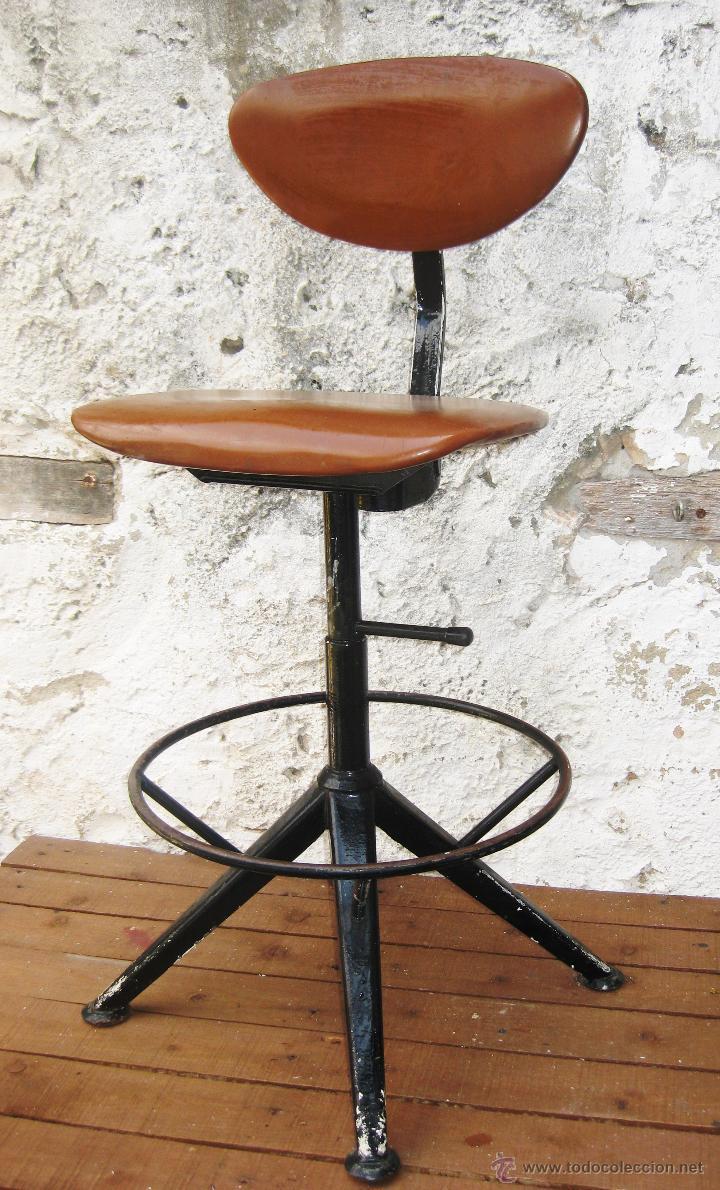 Fantastica silla antigua industrial en hierro a comprar for Sillas antiguas segunda mano