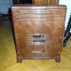 Antigüedades: ESTUFA DE LEÑA ANTIGUA. Lote 50631120